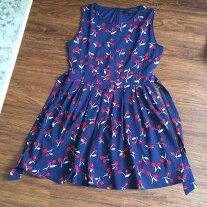 HP🎉Lightweight Cherry dress 🍒 size Large women's